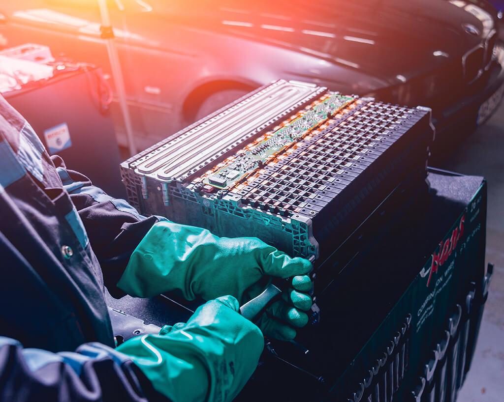 reparatii masini hibride